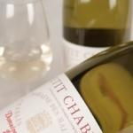 プティシャブリ ワインとは?特徴とブドウ品種、合わせる料理